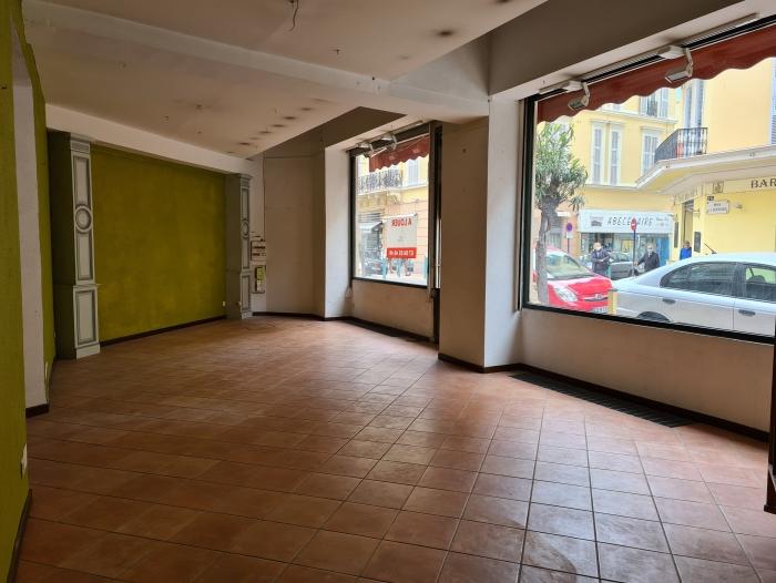Location Local commercial 3 pièces Menton (06500) - CENTRE VILLE