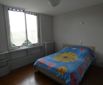 Location Appartement avec terrasse 4 pièces Thiers (63300) - LE MOUTIER