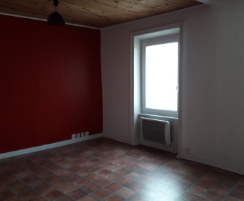 Location Appartement 2 pièces Thiers (63300) - RUE GABRIEL MARC